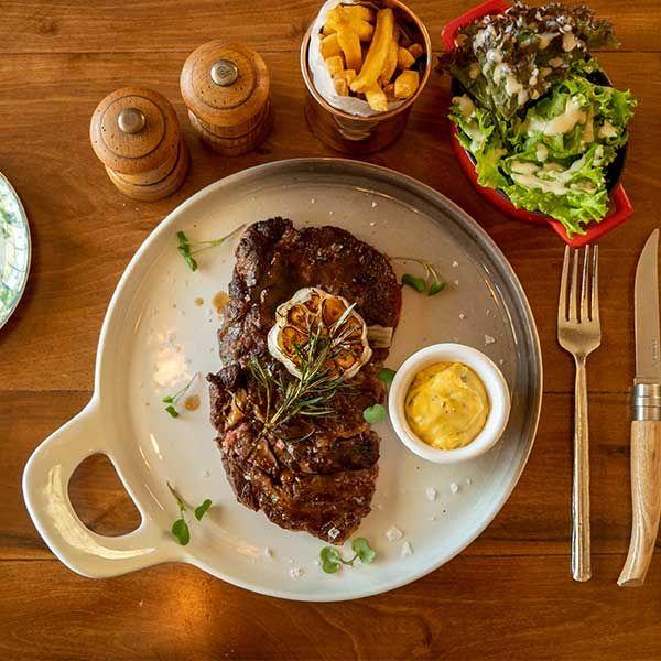 Steak & Wine